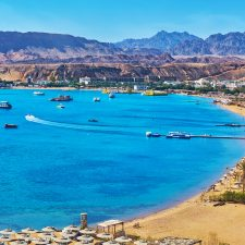 Egypt's Red Sea makes waves with sunseekers