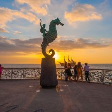 Visitors to Puerto Vallarta can have it all